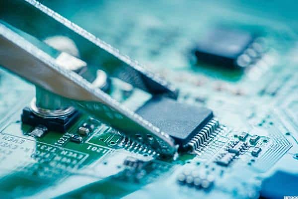 Cypress Semiconductor Corporation (NASDAQ:CY) Modulus Toolbox, a Welcome Addition to IoT Products, Simplifies Development of IoT Applications