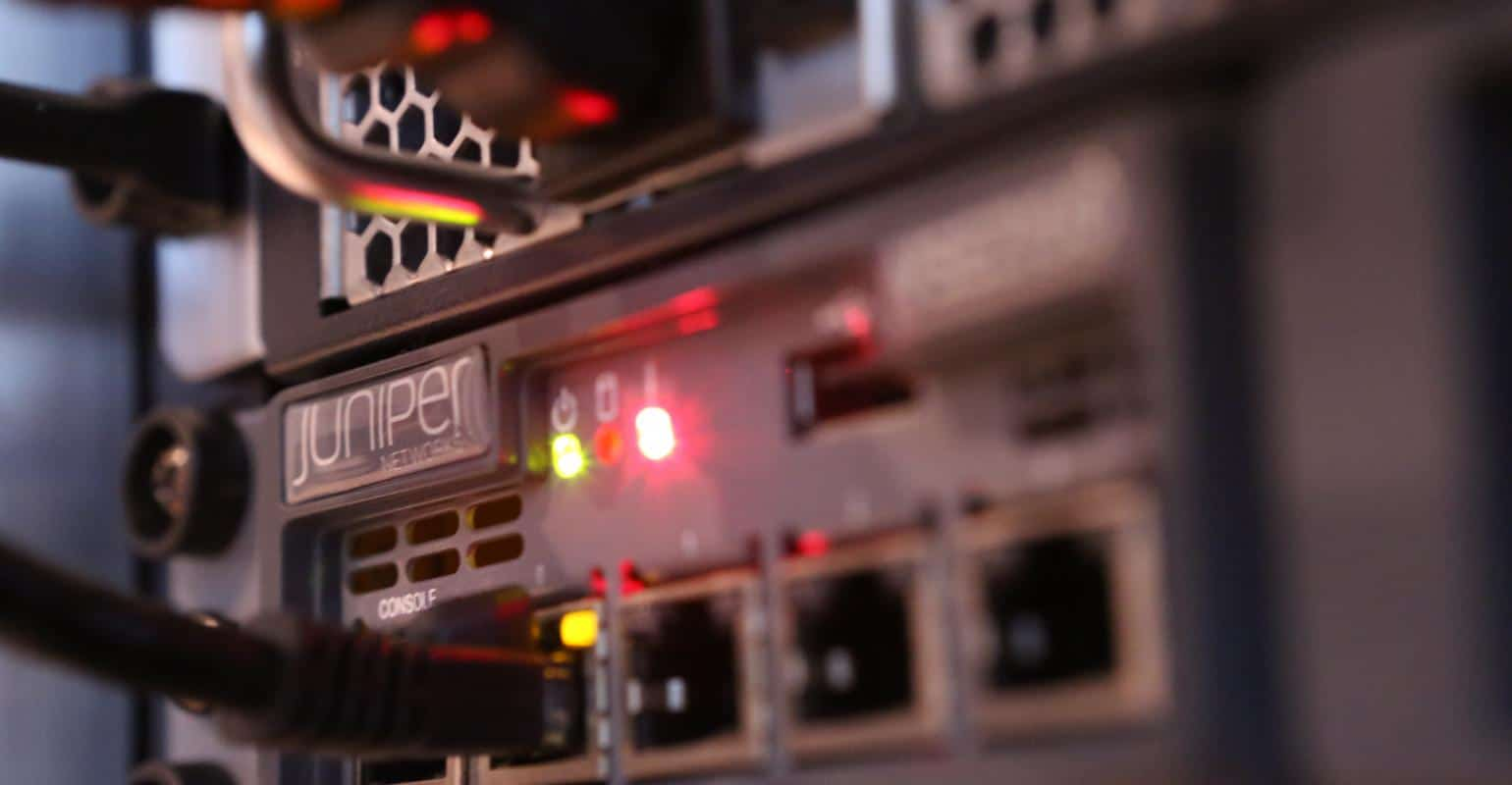 Evaluating Juniper Networks, Inc. (NYSE:JNPR) Financials And Stock Performance