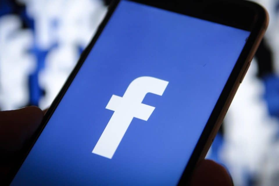 Facebook, Inc. (NASDAQ:FB) CEO Mark Zuckerberg Says The Company Is Enhancing Privacy By Integrating Messaging App
