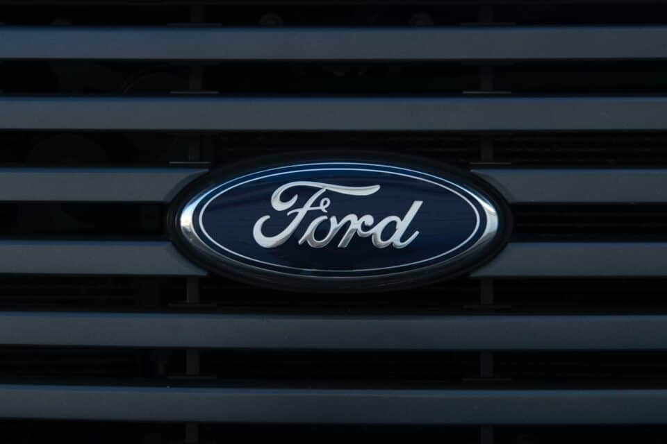 Ford Motor Co. (NYSE:F) Calls Off Its Joint Venture With Mahindra and Mahindra Ltd